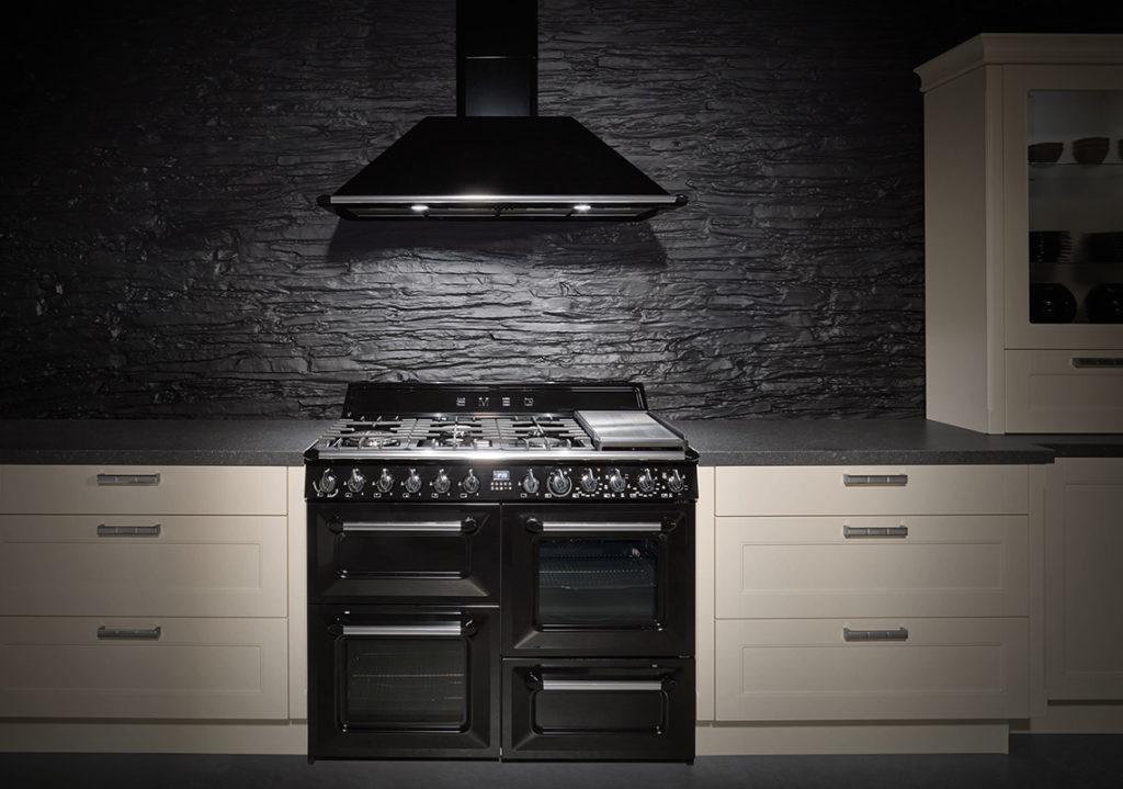 Provenza Blocco Cucina e cappa Helle Kitchen