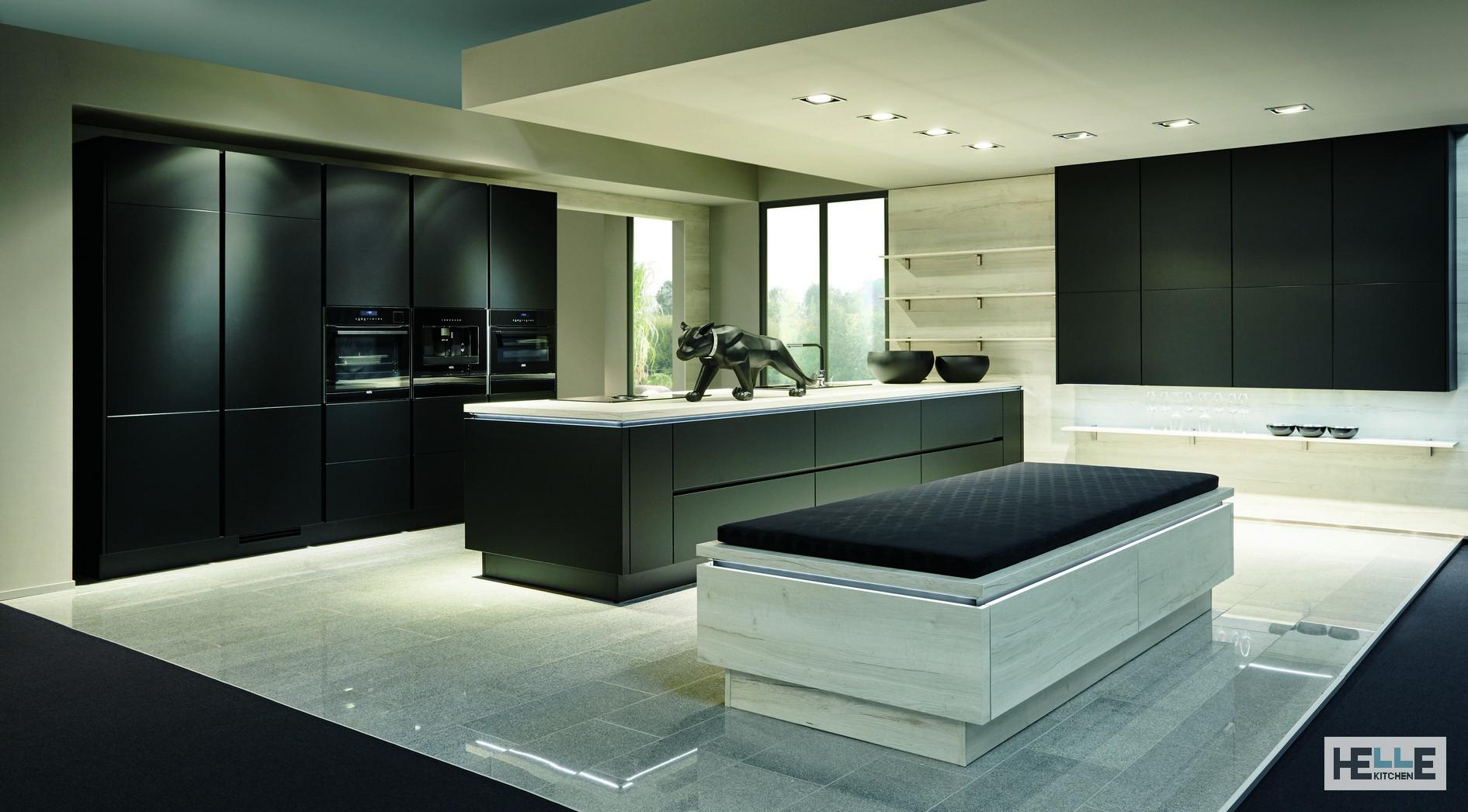 Helle Kitchen consigli per Progettare una cucina nera